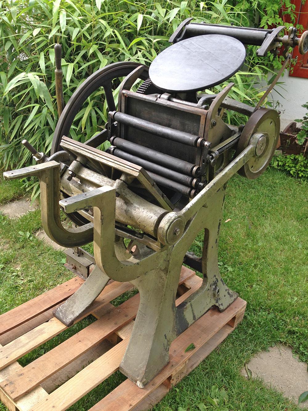 La Triomphante Letterpress machine 02